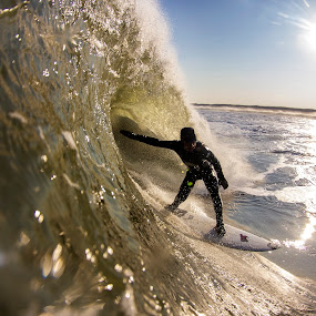 Sammy on a thick one by Dave Nilsen - Sports & Fitness Surfing