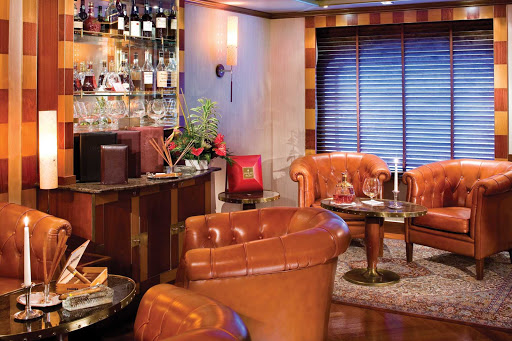 Connoisseur_Corner_2 - The Connoisseur's Corner on board Silver Shadow is the perfect place to sample premium Cognacs or smoke a cigar.