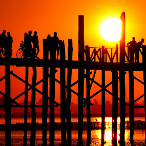 U-Bein Bridge by Matt Hulland - Landscapes Sunsets & Sunrises ( mandalay, myanmar, sunset, lake, u-bein bridge )