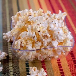 Cheesy Chili Popcorn