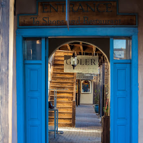 Santa Fe Shop on the Historic Square by David Andrus - City,  Street & Park  Markets & Shops ( santa fe, new mexico )