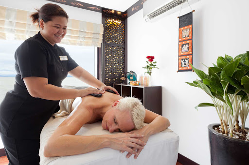 AmaLotus-spa-massage - Indulge in a comforting traditional hot stone massage as you make your voyage down the Mekong River aboard AmaLotus.