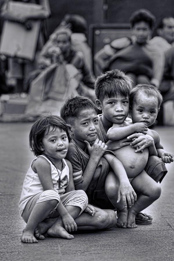 by Ohmz Pineda - Black & White Street & Candid ( b&w, street, children,  )
