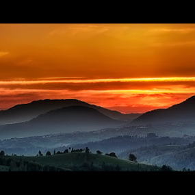Cold morning by Andrei Grososiu - Landscapes Sunsets & Sunrises ( hills, cold, romania, valley, sunrise, moeciu, morning, light )