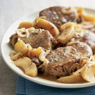 Cider-Braised Pork Chops with Apples