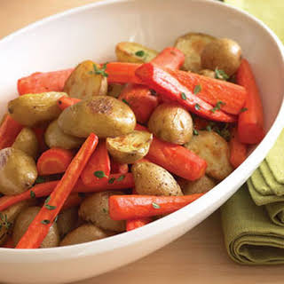 Oven-roasted Potatoes and Carrots with Thyme.
