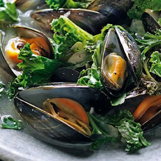 Cider-Cooked Mussels with Kale Recipe