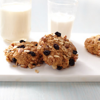 Chewy Oatmeal Cookies.