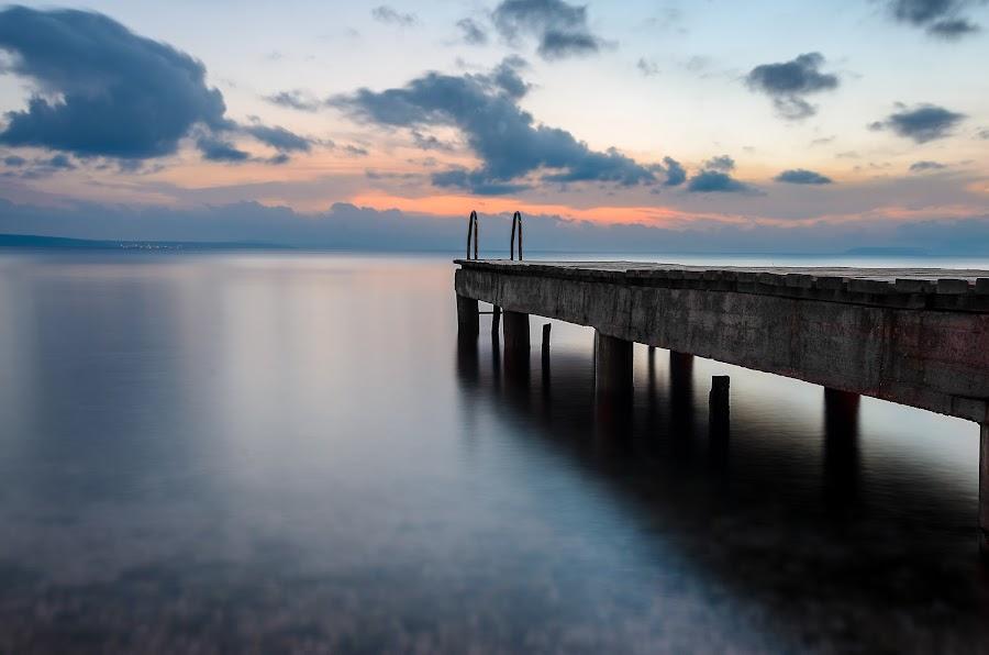 jump on horizon by Luka Stipinović - Landscapes Beaches ( croatia, omiš, sea, beach, nikon d7000 )