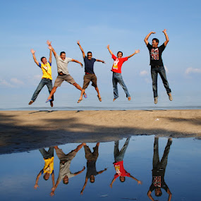 Freedom by Joel  Pangoe Rihingan - People Group/Corporate ( inspiring, free, freedom, inspire, emotion, inspirational )