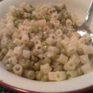 Peas and Macaroni Soup