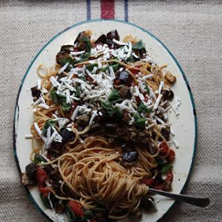 Pasta Alla Norma (Pasta with Tomato Sauce and Eggplant)