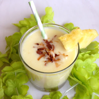 Healthy Pineapple Coconut Smoothies