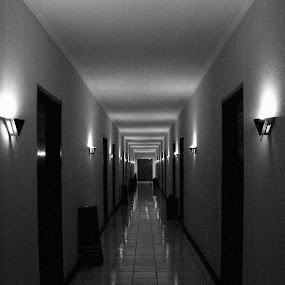 line by Rully Kustiwa - Black & White Buildings & Architecture ( aisle, lamp, line, hotel,  )