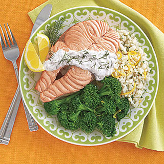 Poached Salmon Steaks with Yogurt-Dill Sauce