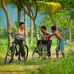 with my friends by Assaifi Fajarmass - Babies & Children Children Candids ( bike, boys, children, human interest )