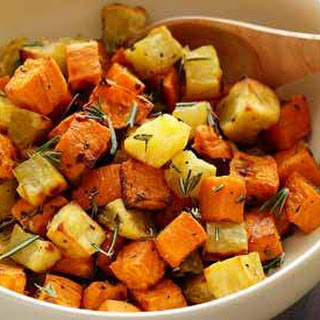 Roasted Rosemary Sweet Potatoes