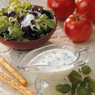 Buttermilk Basil Salad Dressing