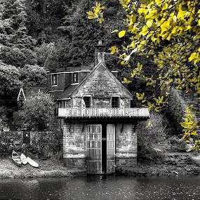 Rudyard Lake boathouse by Ray Heath - Buildings & Architecture Other Exteriors ( uk, b&w, rudyard, boathouse, lake, staffordshire,  )