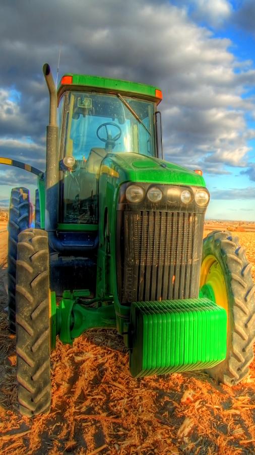 Tractors Live Wallpaper - screenshot