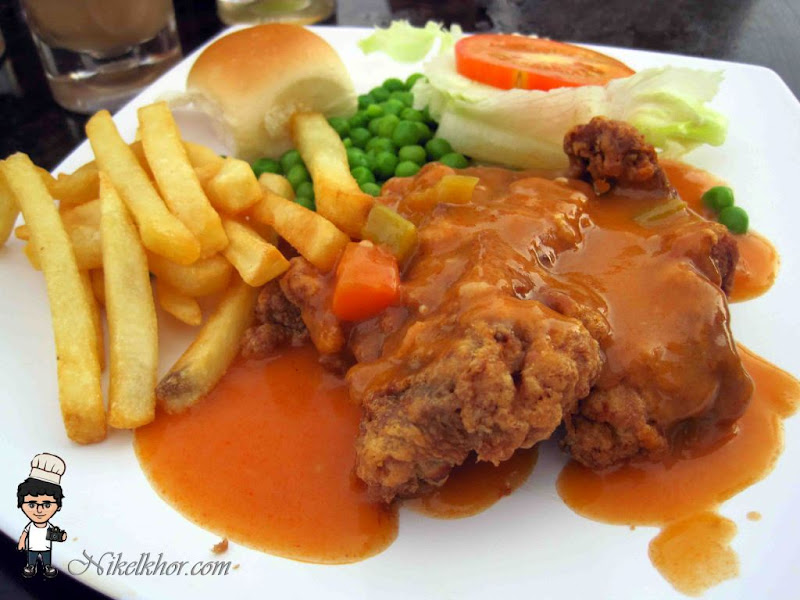 Juni 2017 chicken coop automatic door diy from what i know hainanese chicken chop was invented by hainanese people who worked for the english people during the british colonisation era forumfinder Images