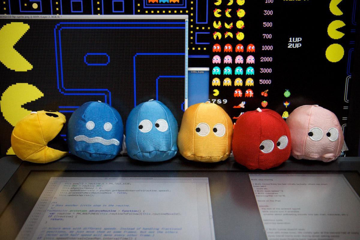 картинка из истории Pacman в соответствующем разделе Google