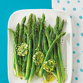 Asparagus with Garlic-Parsley Butter