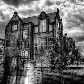 Henriques Street by Laura Prieto - Black & White Buildings & Architecture ( harry gosling school, berner street, london, st george in the east, whitechapel, henriques street,  )