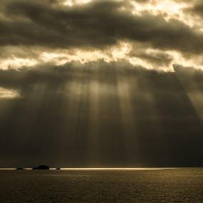 The light shines down on the righteous... by Nicole Williams - Novices Only Landscapes ( light sunset skye lightbeams,  )