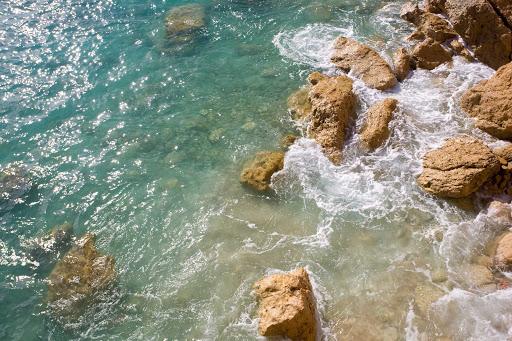 near-cupecoy-beach-St-Maarten - Near Cupecoy Beach on St. Maarten.