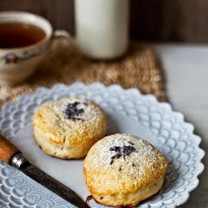 Lavender & Almond Milk Scone