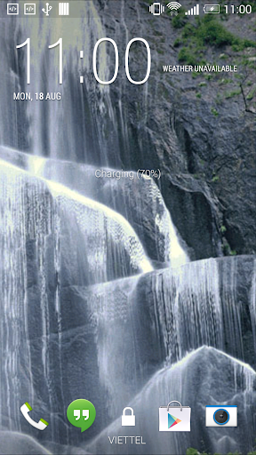 White Waterfall Live Wallpaper