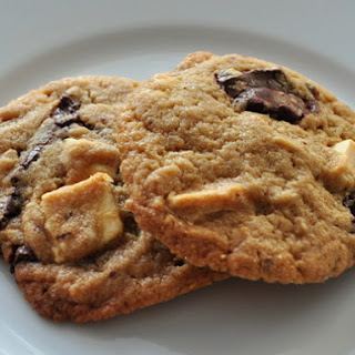 'Black and White' Cookies