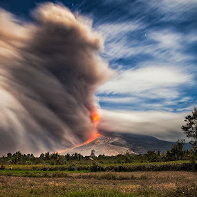 Mount Sinabung Volcano Eruption by Johan Joe - Landscapes Mountains & Hills ( night shot )