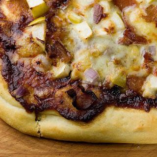 Apple Bacon Pizza