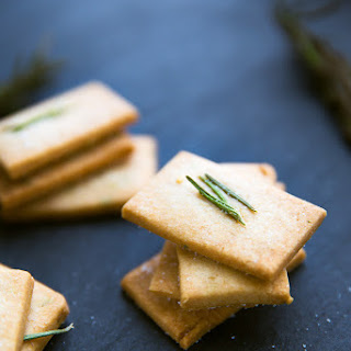 Rosemary Shortbread Crookers