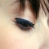 Get Beautiful Eyelash Growth