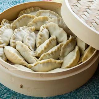 Asian Potsticker Dough (for Jiaozi & Gyoza Dumplings)