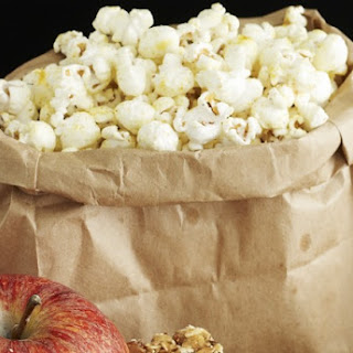Sweet and Spicy Popcorn Mix Recipe