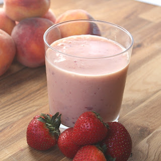 Strawberry Peach Banana Vanilla Smoothie.