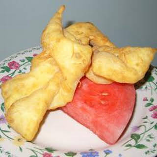 Rollkuchen (Mennonite Fritters).