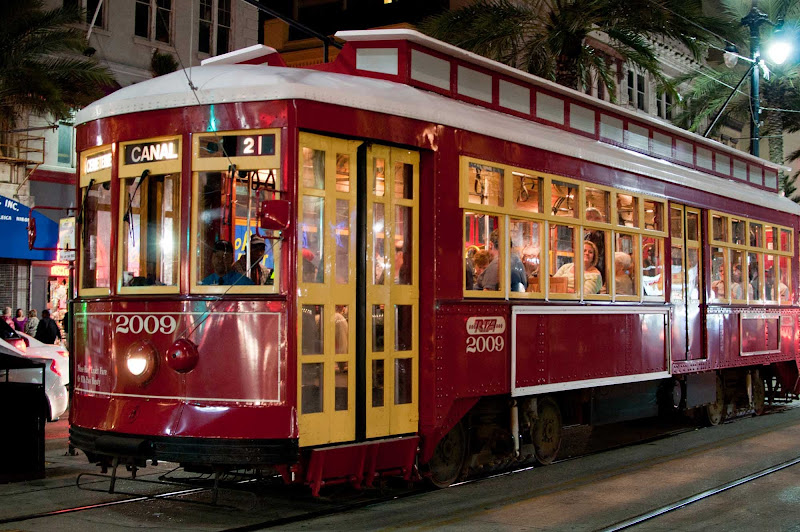 RTA Streetcar No. 2009 on Canal Street in New Orleans.