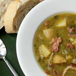 Slow Cooker Split Pea, Potato, Ham and Leek Soup.