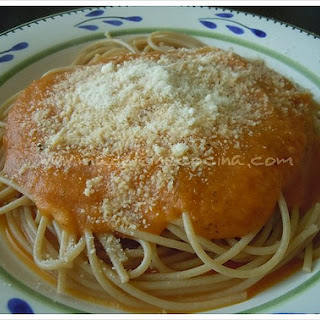 Tomato Sauce for Pasta and Pizza.