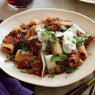 Rigatoni with Grilled Beef and Gravy.