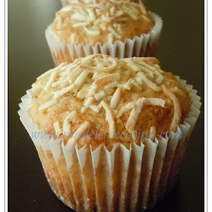 Banana and Coconut Muffins
