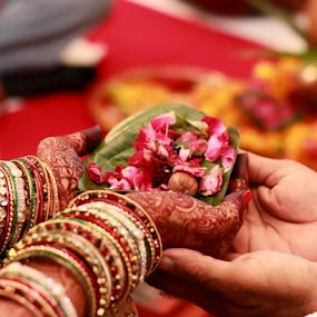 Pooja by Anurag Bhateja - Wedding Ceremony ( hindu, ahmedabad, shaadi, rituals, sindhi wedding, gujrat, bharat, hawan, india, indian wedding )