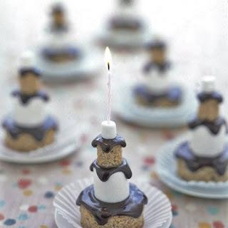 S'mores Mini Cakes.
