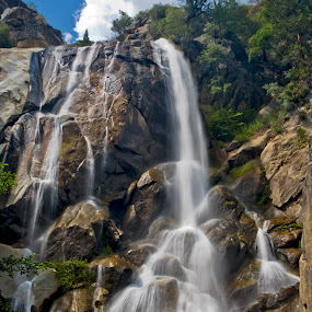 Grizzly Fall, Kings Canyon National Park by Patrick Flood - Landscapes Mountains & Hills ( canon, national park, photosbyflood, grizzly falls, sierras, visalia, canyon, water fall, kings canyon )