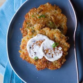 Cheesy Quinoa Cakes with a Roasted Garlic and Lemon Aioli.